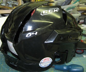 Hockey helmet cut